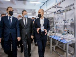 Министр промышленности и торговли РФ Денис Мантуров посетил КЭАЗ