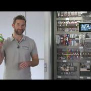 Повышение эффективности при производстве шкафов управления | COMPLETE line